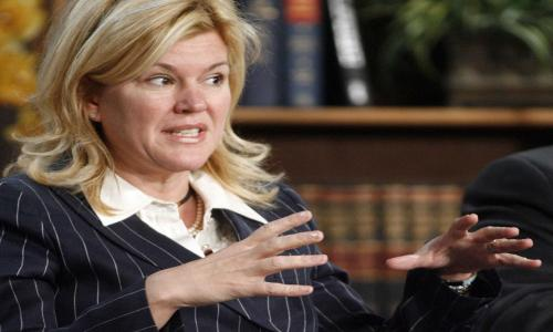 Meredith Whitney Warns Tough Times Ahead for Municipal Bonds